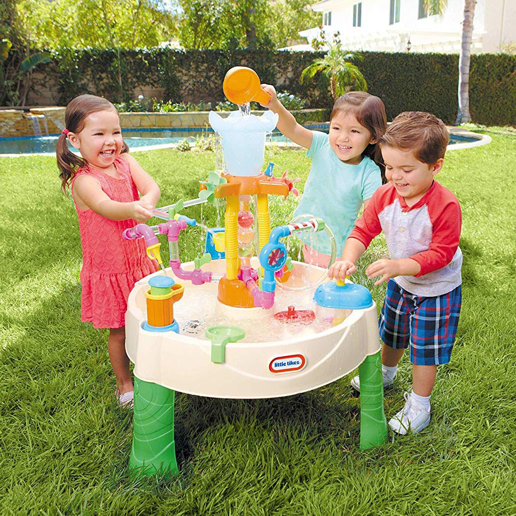 Seas Waterpark Play Tables