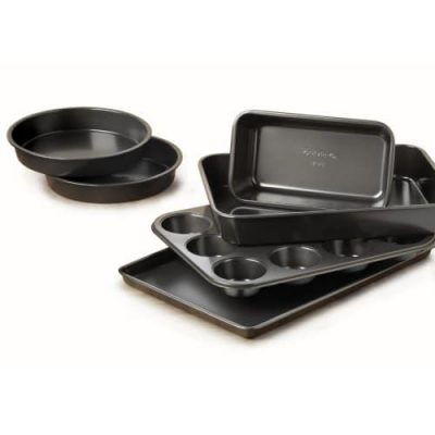 Calphalon Nonstick Well-Designed Bakeware Set