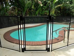Life Saver Self-Closing Pool Fence