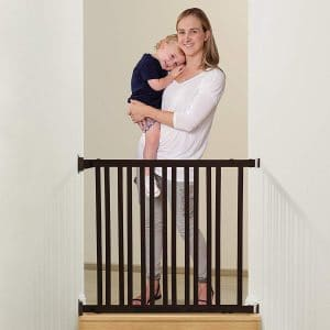 Dreambaby Nelson Expandable Wooden Walk Through Gro-Gate